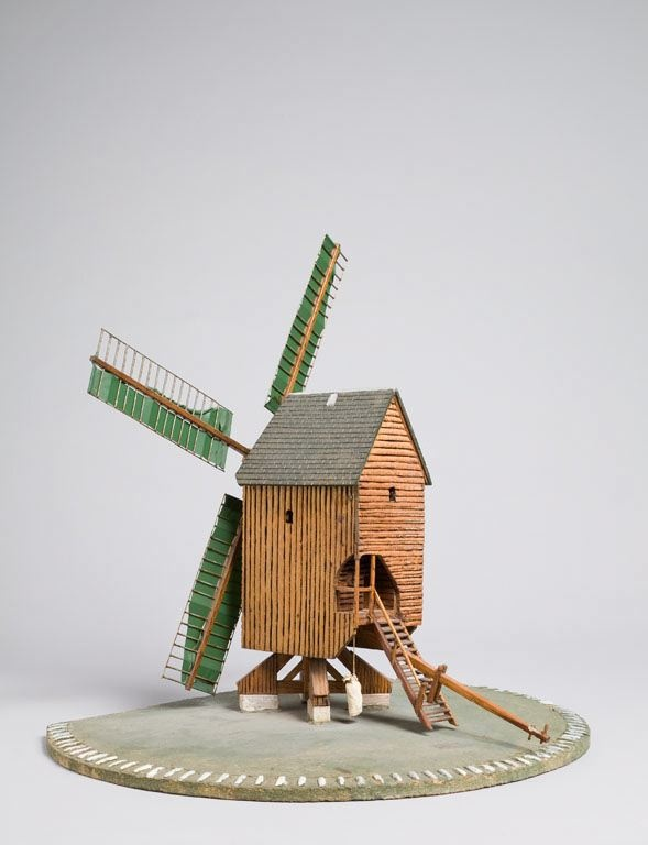 Moulin pelard du bois de feug res - Moulin a vent en bois a fabriquer ...