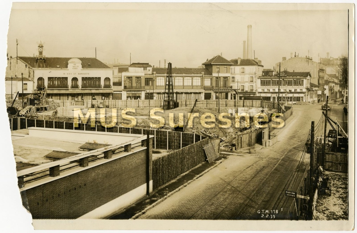 Contruction du pont de Suresnes
