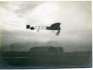 Monoplan Blériot en vol
